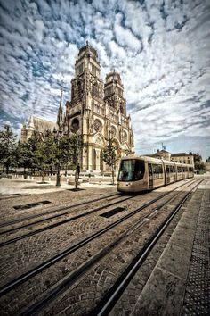 #orléans #cloud #tram