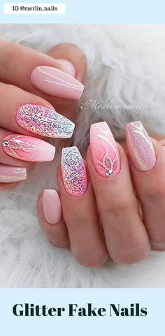 May 23 2020 - 50 Pretty Glitter Fake Nails Easy 2019 - Nägel - Ideen - . Pretty Nail Designs, Pretty Nail Art, Nail Art Designs, Nails Design, Glitter Nail Designs, Salon Design, Diy Design, Design Art, Design Ideas