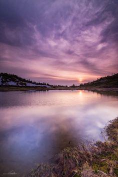 Yumiike Pond, Kusatsu, Gunma, Japan | Shumon Saito