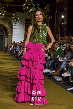 We Love Flamenco Juan Boleco: 525 Types Of Skirts, Animal Photography, Different Styles, Summer Outfits, Spring Summer, Sari, Style Inspiration, Colors, Latina