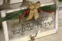 26 Lovely Christmas Wood Signs to Create a Unique Holiday Look - The Trending House Christmas Signs, Christmas Projects, Winter Christmas, All Things Christmas, Holiday Crafts, Christmas Holidays, Christmas Wreaths, Holiday Decor, Christmas Ideas