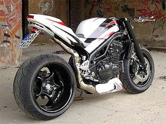 Speed Triple + motoscope classic