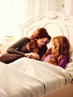 Bella with Renesmee awwww