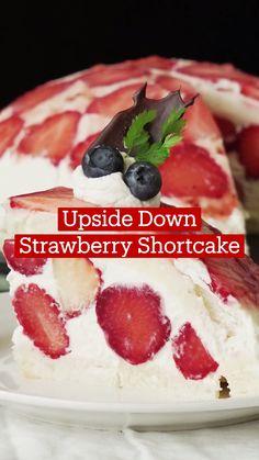 Strawberry Dessert Recipes, Strawberry Shortcake Recipes, Easy Desserts, Delicious Desserts, Yummy Food, Fun Baking Recipes, Sweet Recipes, Diy Food, Cupcakes