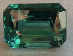 Emerald GREEN Quartz
