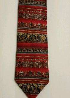 NEW Roundtree and Yorke Paisley 100% Silk Multi Color Classic Mens Neck Tie #RoundtreeYorke #NeckTie