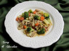 #Salteado de #pollo con #setas, #verduras y #salsa de #soja - Sautéed #chicken with #mushrooms and #vegetables
