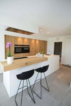 55 Scandinavian Kitchen Design For Your Lovely Home Rustic Kitchen Design, Interior Design Kitchen, Kitchen Designs, Home Design, Open Plan Kitchen, New Kitchen, Kitchen Decor Themes, Scandinavian Kitchen, My New Room