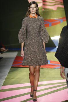 Lela Rose Fall 2016 Ready-to-Wear Collection Photos - Vogue Fashion Show, Fashion Outfits, Womens Fashion, Fashion Trends, Lela Rose, Karen Walker, Tweed, Ready To Wear, Autumn Fashion