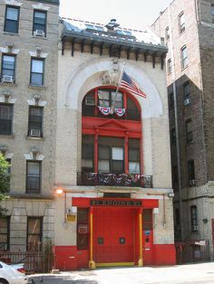 Engine Co. 67, FDNY, Washington Heights by New York Big Apple Images, via Flickr