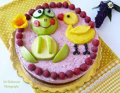 Вчера 02.Юли, моята малка принцеса Беатрис навърши 2 годинки :) Отпразнувахме рождения ден с тази вълшебно вкусна торта, по традиция, п...