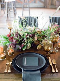 """<div>""""Metallic accent colors go through cycles, from silver to gold, to rose gold to copper. But this wedding season, the chicest of accent colors is black! Black flatware, chargers, candles and chairs help ground romantic florals or soft linens for the perfect balance of masculine & feminine. Choosing matte black over gloss is a way to modernize it and keep it from overpowering your other tones. """" — <a href=""""http://lauriearons.com/"""">Laurie Arons Special Events</a></div>"""