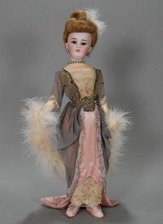 German Fashion, French Fashion, Vintage Fashion, Pink Silk, Silk Satin, Pale Pink, Fashion Dolls, Girl Fashion, Classic Hairstyles
