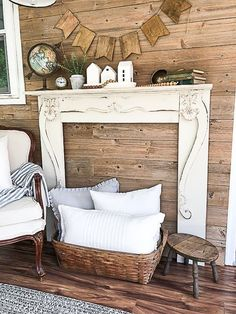 You belong to these groups people who rarely care about glamour as well as over-the-top designs for your home, then this is definitely your current cup of joe. Check out this article for 25 diy home decor ideas on budget. French Home Decor, Easy Home Decor, Handmade Home Decor, Cheap Home Decor, Faux Fireplace Mantels, Diy Mantel, Fireplace Surrounds, Faux Mantel, Linear Fireplace