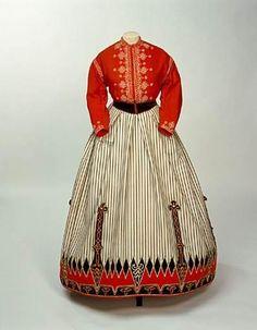 The red Garibaldi Blouse was popular in the Crinoline Period because of General Giuseppe Garibaldi's soldiers.