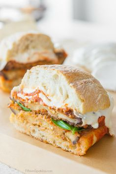 Eggplant Parmesan Sandwiches are a great recipe for an easy and delicious lunch. Crispy fried eggplant sandwiched with mozzarella, basil, and marinara sauce on a ciabatta roll Tofu Sandwich, Eggplant Sandwich, Best Sandwich, Sandwich Board, Lunch Recipes, Gourmet Recipes, Vegetarian Recipes, Cooking Recipes, Healthy Recipes