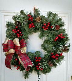 Berry, Mistletoe, and Pinecone Lit Wreath – Monika Maria Horvàth – Christmas Christmas Wreaths To Make, Christmas Swags, Holiday Wreaths, Christmas Time, Christmas Crafts, Christmas Ornaments, Christmas Christmas, Christmas Cookies, Farmhouse Christmas Decor