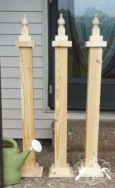 Happy weekend everyone! I am so excited to share this post with you. I created t., Diy And Crafts, Happy weekend everyone! I am so excited to share this post with you. I created these front porch welcome posts to sell in my booth at . Diy Wood Projects, Wood Crafts, Woodworking Projects, Woodworking Plans, Yard Art Crafts, Green Woodworking, Woodworking Shop, Welcome Post, Garden Poles