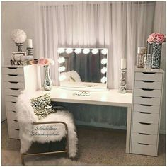 Vanities bedroom furniture vanity mirrors beauty room makeup rooms and glam diy . My New Room, My Room, Sala Glam, Vanity Room, Mirror Vanity, Table Mirror, Dyi Vanity, Diy Vanity Mirror With Lights, Vanity Set Up