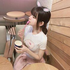 CELEB.101. 인형같은 나현선 Beautiful Japanese Girl, Beautiful Asian Girls, Korean Couple, Korean Girl, Korean Beauty, Asian Beauty, Uzzlang Girl, Pink Girl, Lolita