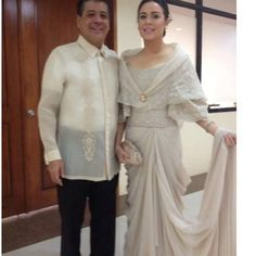 Dawn Zulueta, in a Cary Santiago gown, poses with her husband, Anton Lagdameo before attending President Aquino's 2013 State of the Nation Address. Photo from Santiago's Instagram page