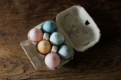 {Simple Home} Natural Dyed Easter Eggs a DIY via www.thishouseourhome.com
