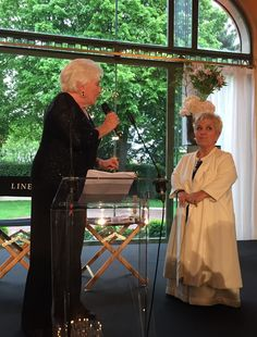 Mimie Mathy reçoit la Légion d'Honneur