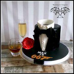 007 cake by stunningandgorgeous.nl