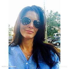 """Angie Harmon's image - """"Perfect shades for a perfect day. on WhoSay Mirrored Sunglasses, Round Sunglasses, Sunglasses Women, Brunette Actresses, Daniela Ruah, Angie Harmon, Vivien Leigh, Mode Chic, A Perfect Day"""