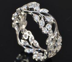 Diamond Leaf Band Ring | Diamond Leaf Band Ring 18ct White Gold