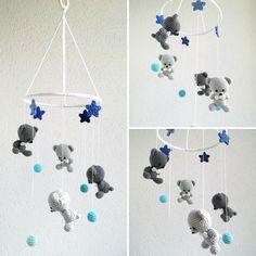 Babymobile mit Bären, Sterne und Kugeln