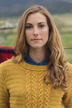 Ravelry: Yellow Gold Pullover knitting pattern by Linda Marveng