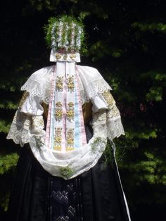 Cífer village, Považie region, Western Slovakia. Folk Costume, Costumes, Folk Clothing, My Heritage, Traditional Outfits, Culture, European Countries, Bridal, How To Wear