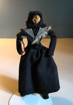 Pietist Felt Dolls, Clothes, Dresses, Fashion, History, Felt Puppets, Vestidos, Moda, Clothing