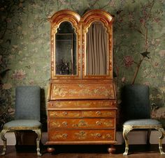 """a-l-ancien-regime: """" Early eighteenth-century English Japanned bureau and chairs set against Chinese wallpaper, in the State Bedroom at Erddig, Wrexham. Chinese Wallpaper, Of Wallpaper, Scenic Wallpaper, Painted Wallpaper, Amazing Wallpaper, Chinoiserie Wallpaper, Chinoiserie Chic, Wabi Sabi, Best Interior Design"""