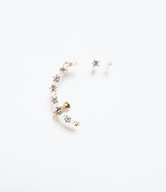 ZARA - NEW THIS WEEK - EARCUFF PEARLS