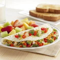 Western Egg White Omelet: A healthier omelet recipe made with egg whites and filled with bell peppers, onion and cheese