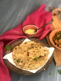 Sattu ki Roti- Bihari gluten free bread - Ribbons to Pastas Gluten Free Recipes, Healthy Recipes, Healthy Food, Cereals And Pulses, Bharta Recipe, I Foods, Food Print, Bread, Cooking