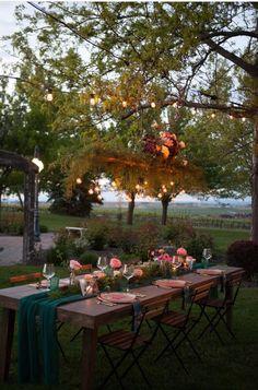 Boho garden styled s