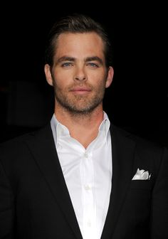 Chris Pine - 'Jack Ryan: Shadow Recruit' Premieres in Hollywood — Part 2