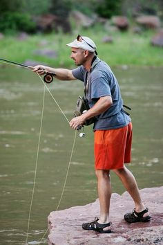 Fly Fishing on the Green River. The Fly Fishing Minimalist personified.