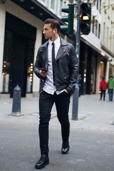 Amazing Street Style Looks For Men #mens #fashion #style