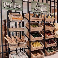 Bakery Design, Cafe Design, Design Shop, Design Design, Deco Restaurant, Restaurant Design, Zero Waste Shop, Juice Bar Design, Vegetable Shop