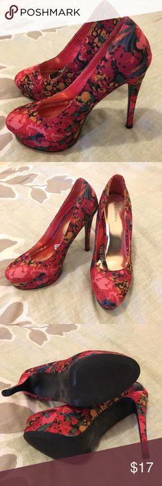NWOT Floral Print Platform Pumps NWOT Floral Print Platform Pumps. Multicolored. Size 7.5. Super cute! Never been worn. Final sale. Xhilaration Shoes Platforms