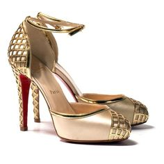 // Statement shoes