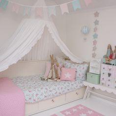Bunting, girls room, ikea, butterflies, lexington company, sweet, pastel