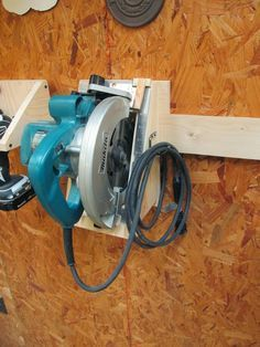 French cleat - circular saw holder