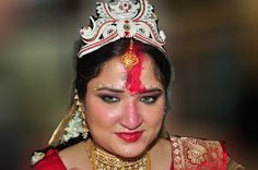 Bride - Hindu wedding ceremony by Prabir Sen - The newly married Bride .. Click on the image to enlarge.