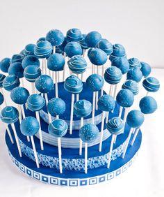 Yummy Blue Cake Pops!