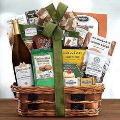 Wine Gift Baskets - Wine and Snacks Gift Basket Wine Country Gift Baskets, Holiday Gift Baskets, Wine Baskets, Basket Gift, Walnut Cookies, Almond Cookies, Honey Crunch, Black Cherry Flavor, Spicy Honey